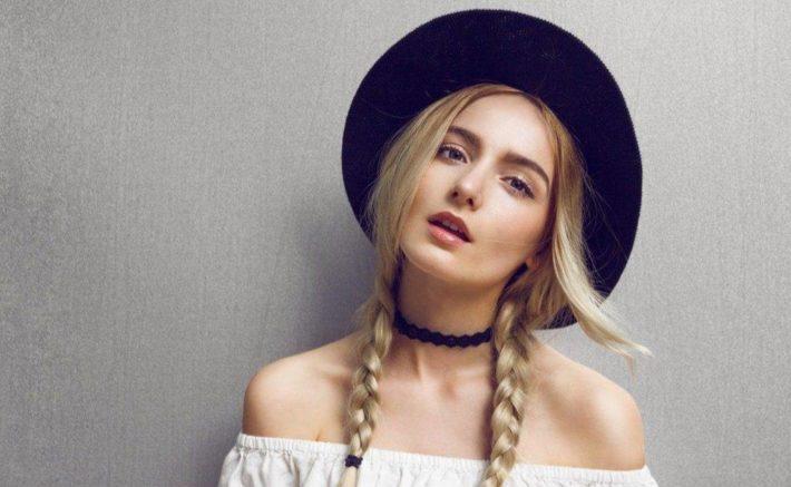 модные головные уборы осень-зима: Женская шляпка
