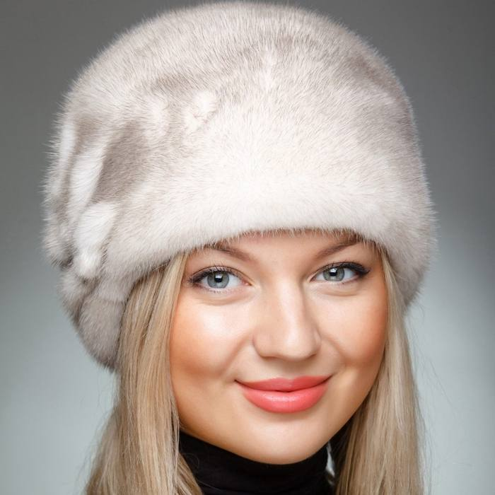 модные головные уборы осень-зима: Меховая шапка женская