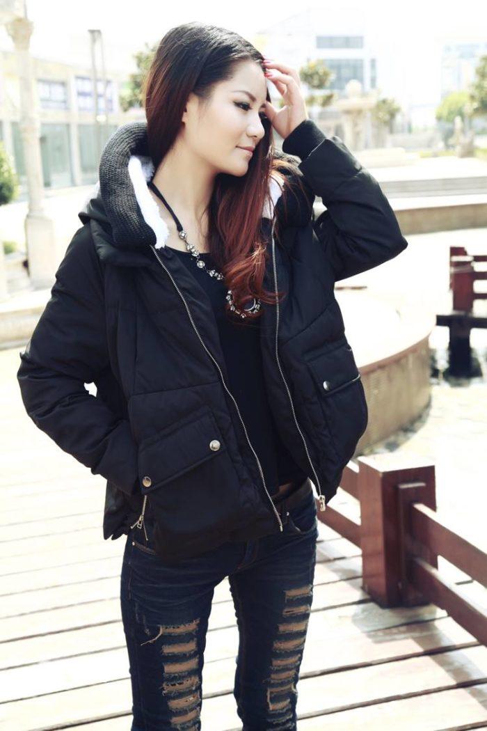 Модные пуховики осень-зима 2019-2020: черный короткий