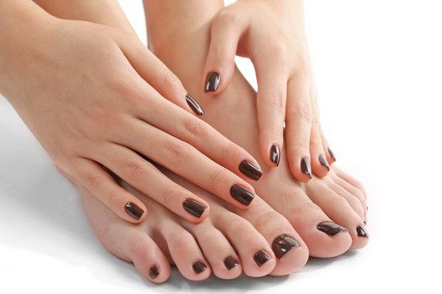коричневый дизайн ногтей шеллак