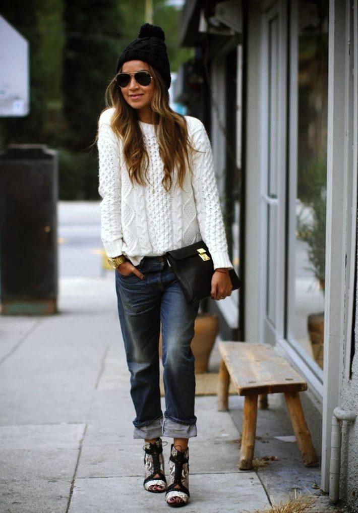 уличная мода осень-зима: Женский свитер