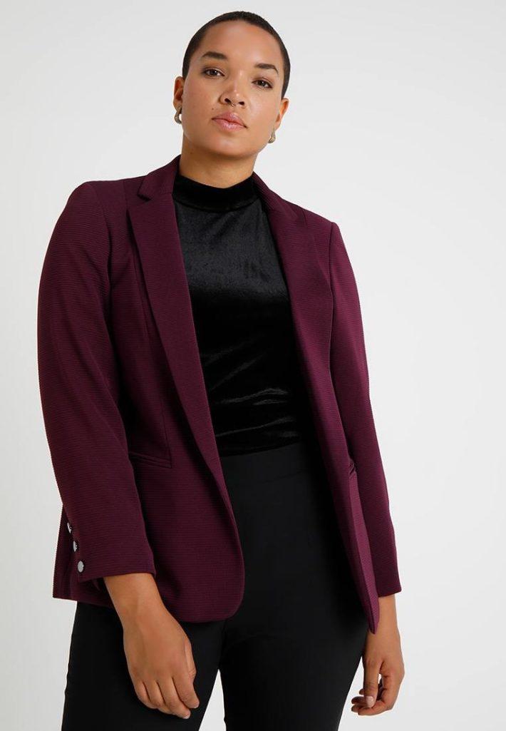 Женский пиджак бардовый