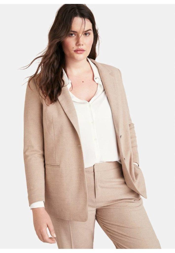 Женский пиджак розовый
