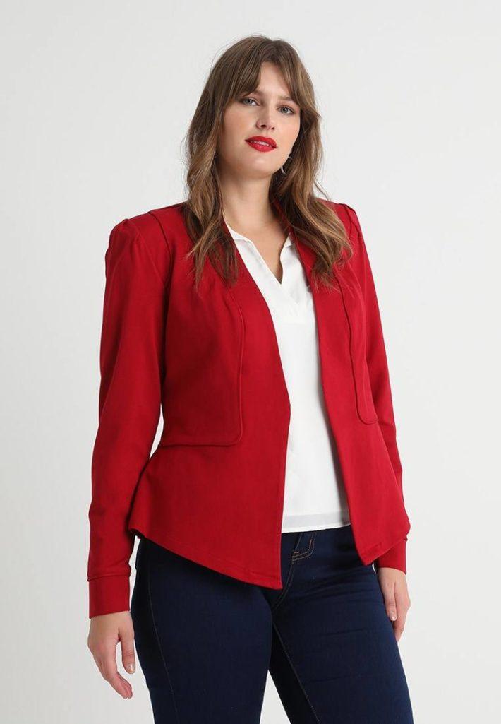 Женский пиджак красный