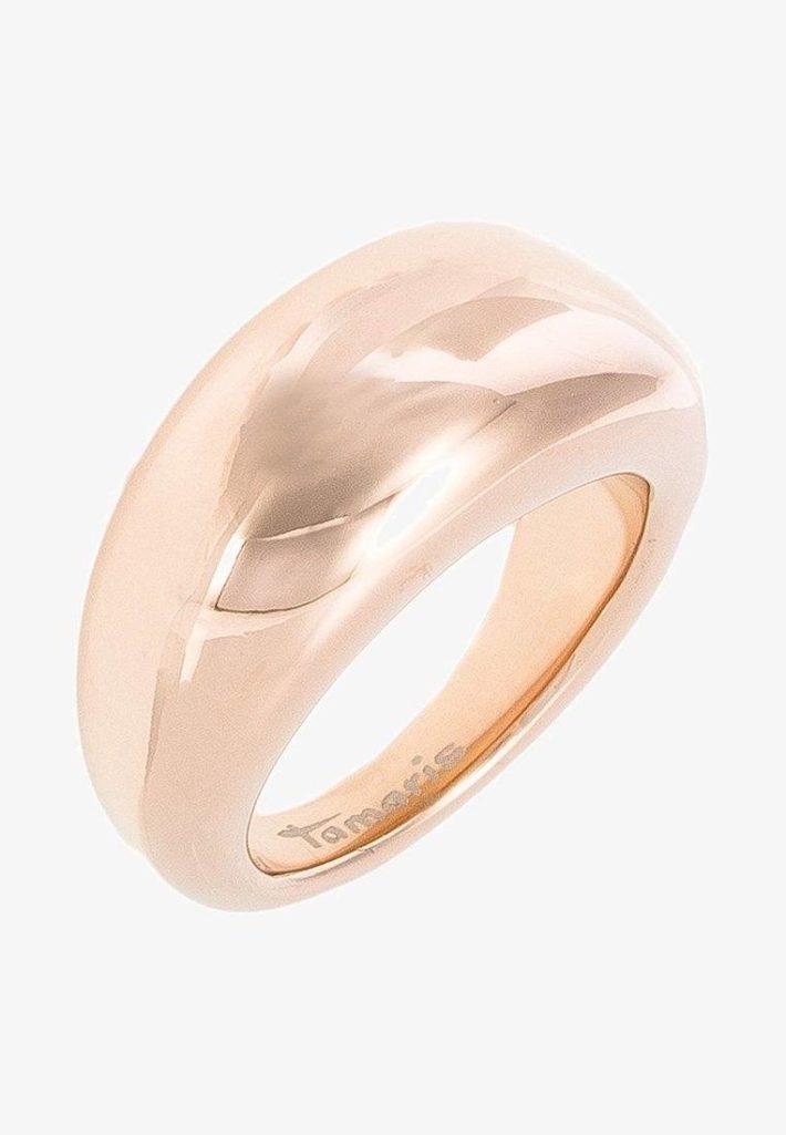 Необычное обручальное кольцо