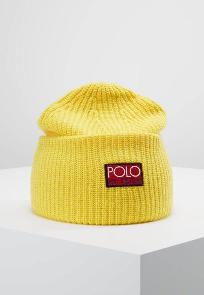 Женская шапка-бини желтая