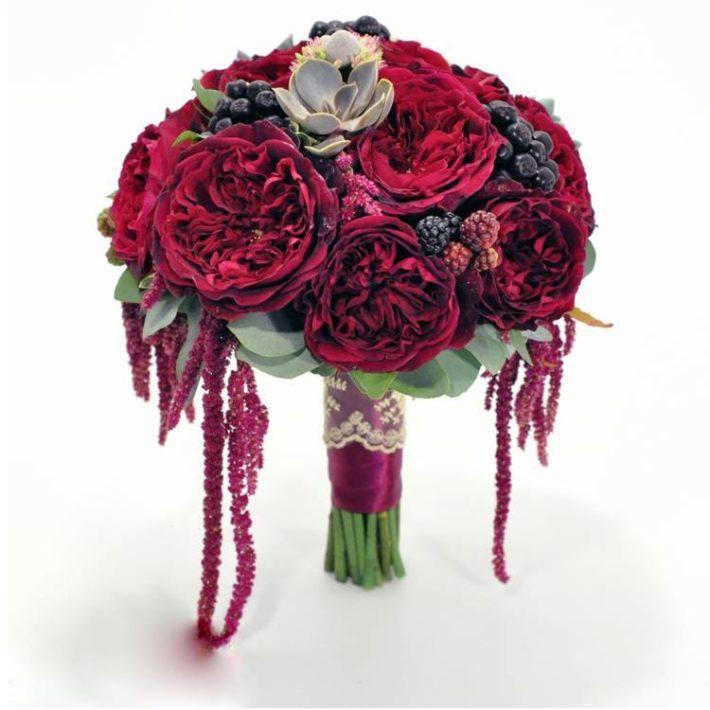 Свадебный букет цвета марсала