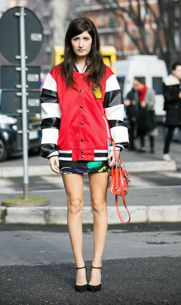спортивная куртка под юбку