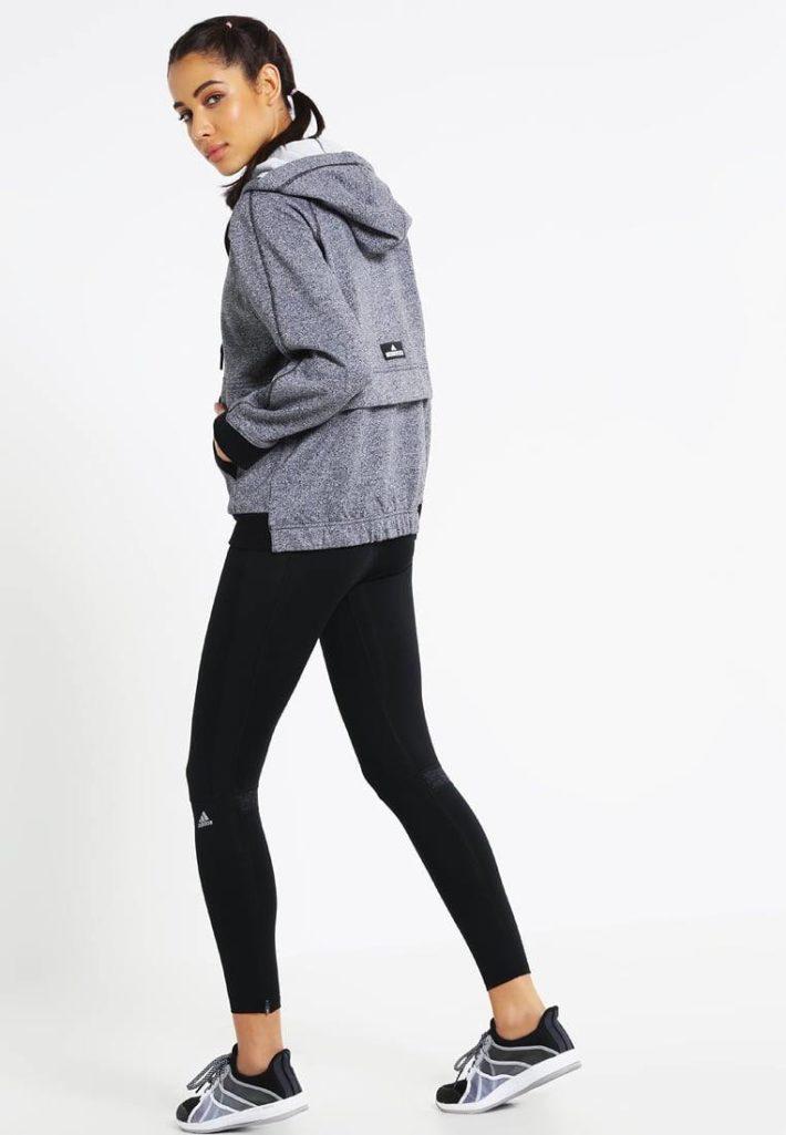 спортивный стиль одежды: Женский костюм