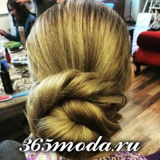 Modnye_zhenskie_pricheski_dlja_oval'nogo_tipa_lica (42)