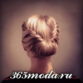 Modnye_zhenskie_pricheski_dlja_oval'nogo_tipa_lica (66)