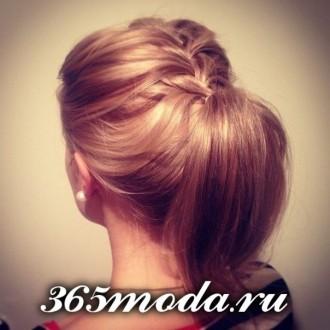 Modnye_zhenskie_pricheski_dlja_oval'nogo_tipa_lica (71)