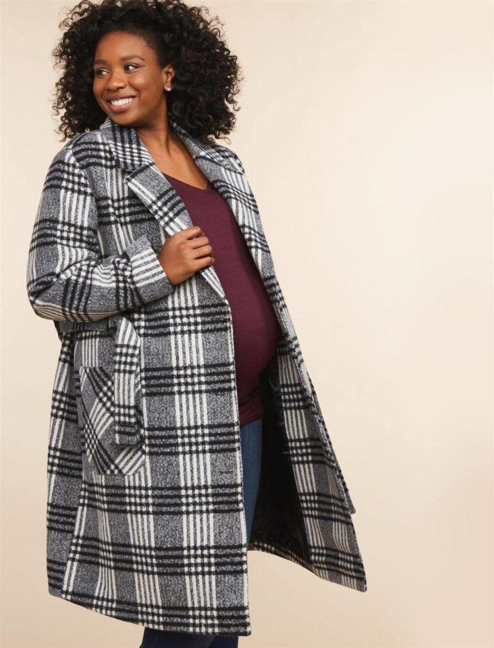 Пальто для беременной в клетку