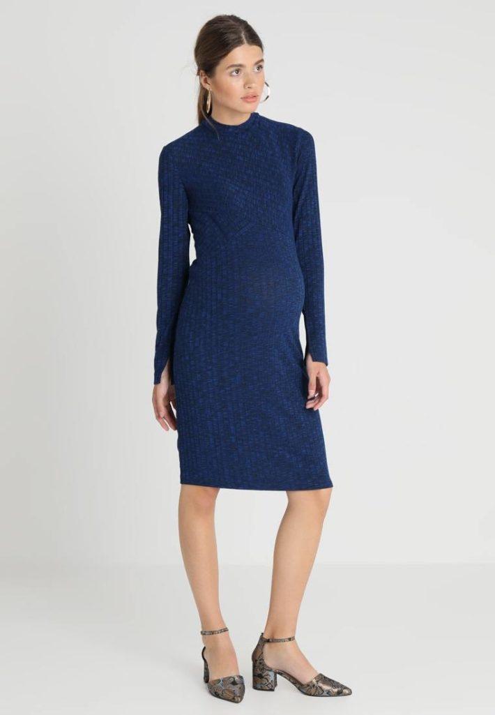 Платье для беременной синее