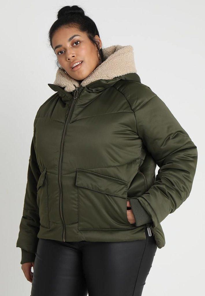 Куртка женская зеленая