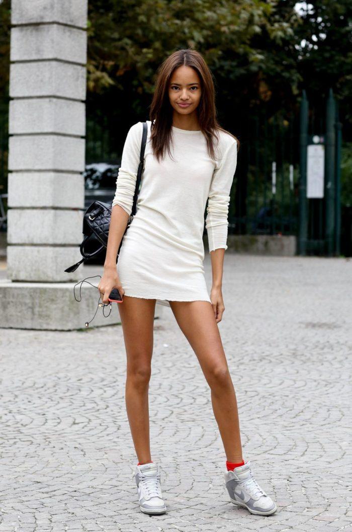 короткое белое мини платье
