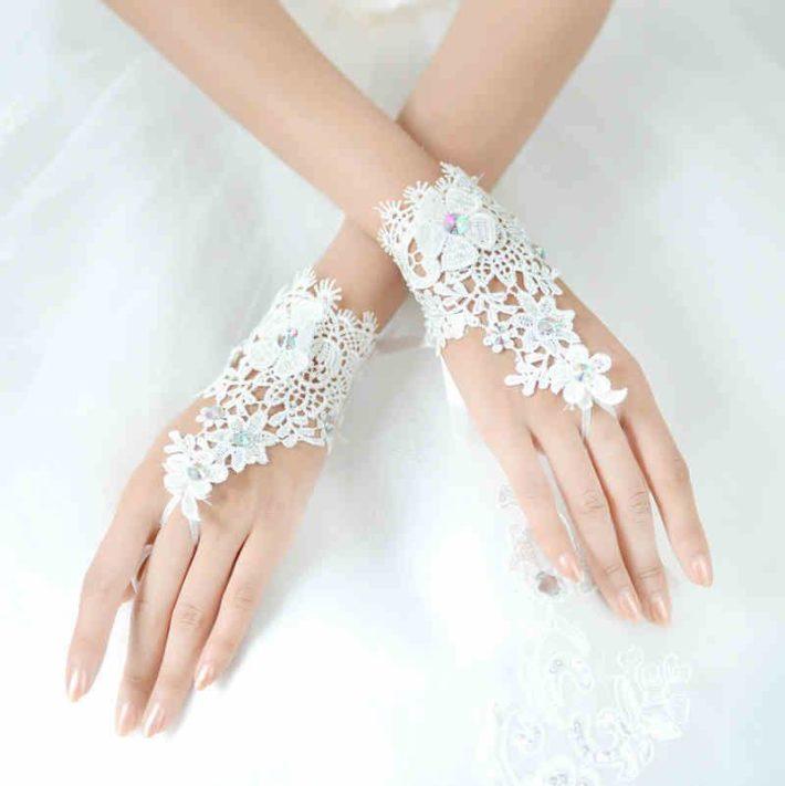 свадебные аксессуары: перчатки