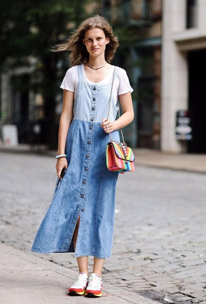 джинсовый сарафан под футболку