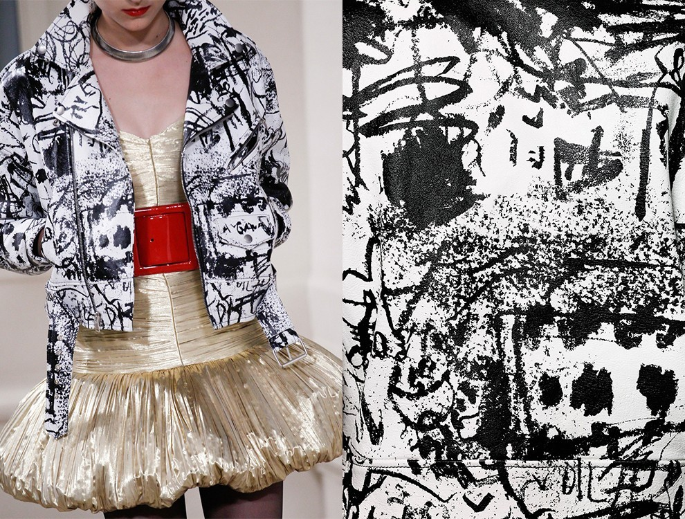 Куртка из коллекции Saint Laurent Couture и работа Lessons in Dance School II Александра Мурета