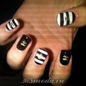 black-and-white-chanel-nail-art-nails-stripes-favim-com-48342
