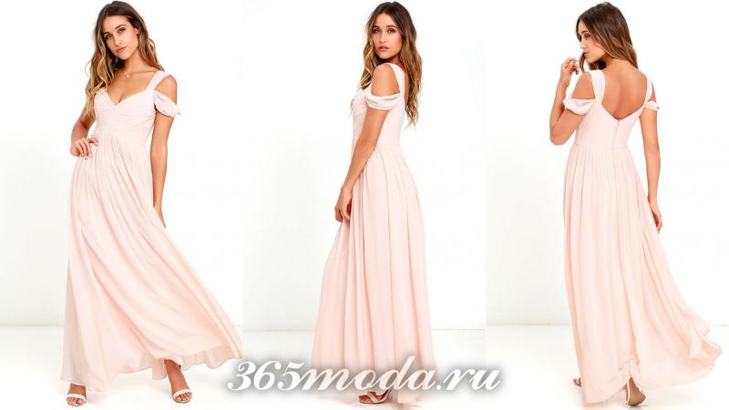Длинное розовое вечернее платье