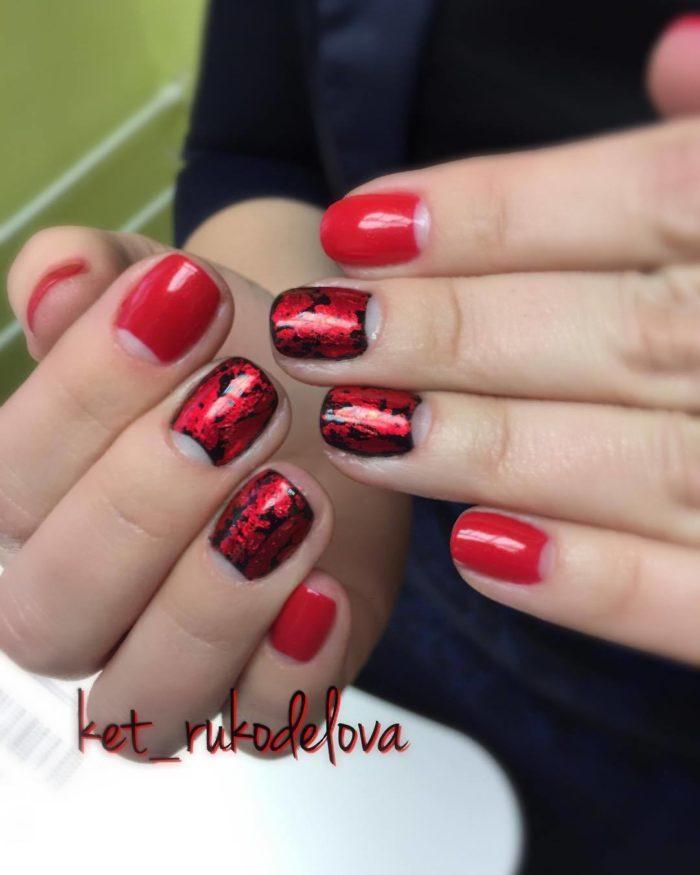 красно черный дизайн ногтей френч 2020-2021
