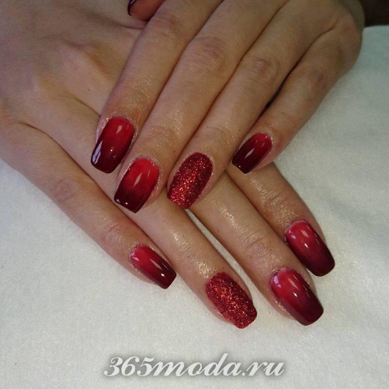 дизайн ногтей красный черный омбре