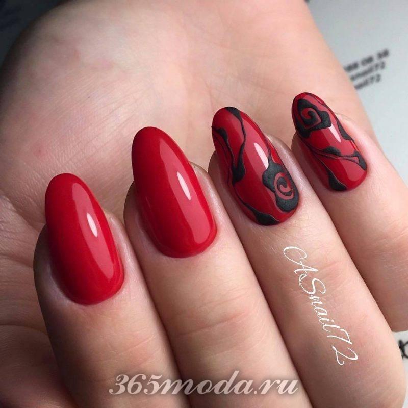 дизайн ногтей красный с черным и рисунком