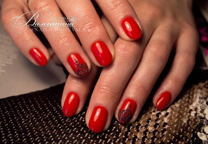 дизайн красно черных ногтей с рисунком фото