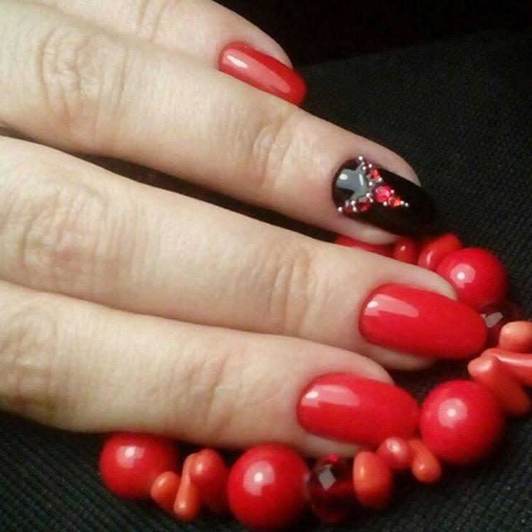 дизайн ногтей красный с черным рисунком фото новинка