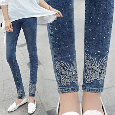 модные принты женских джинсов 2019-2020: бабочка