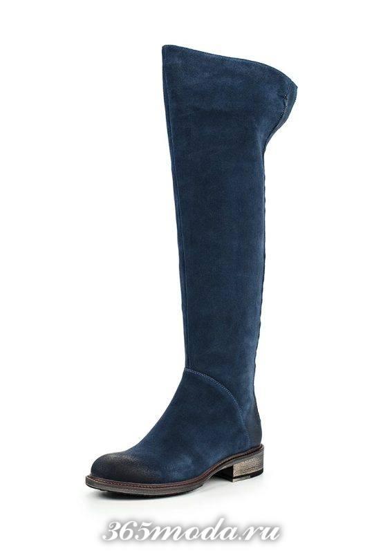 голубые ботфорты