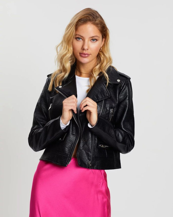 черная куртка косуха под юбку