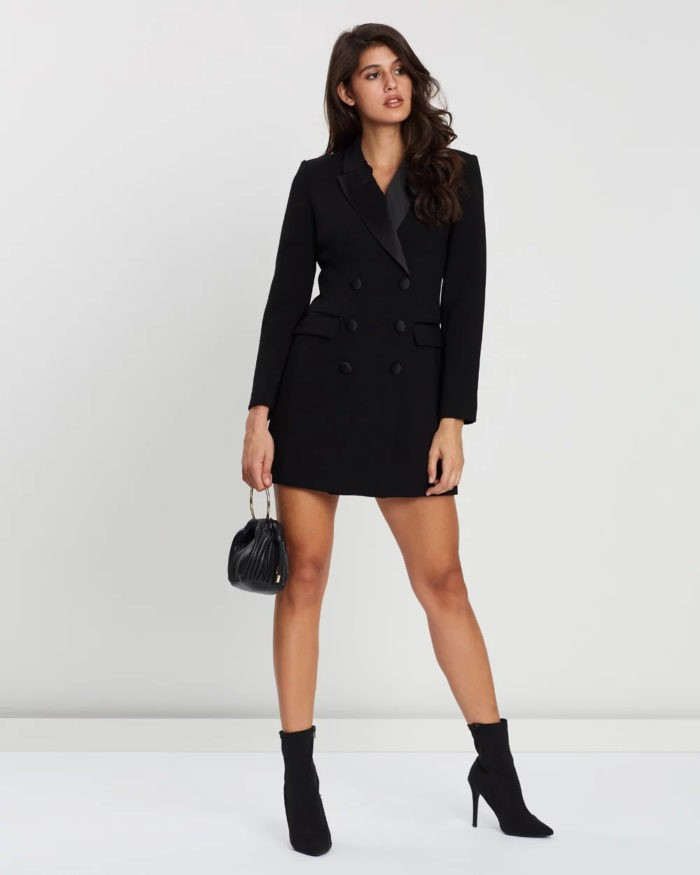 черное платье в виде пиджака