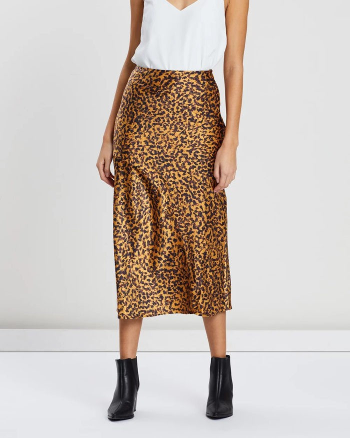 модные юбки 2019-2020: длинная блестящая принт леопард