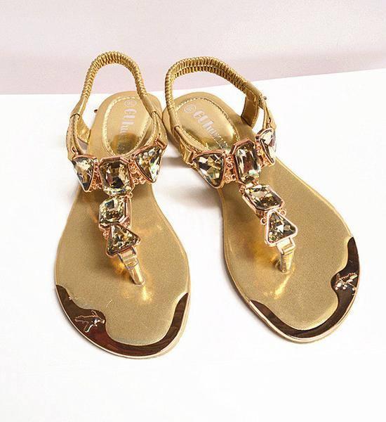 модные сандалии для полных