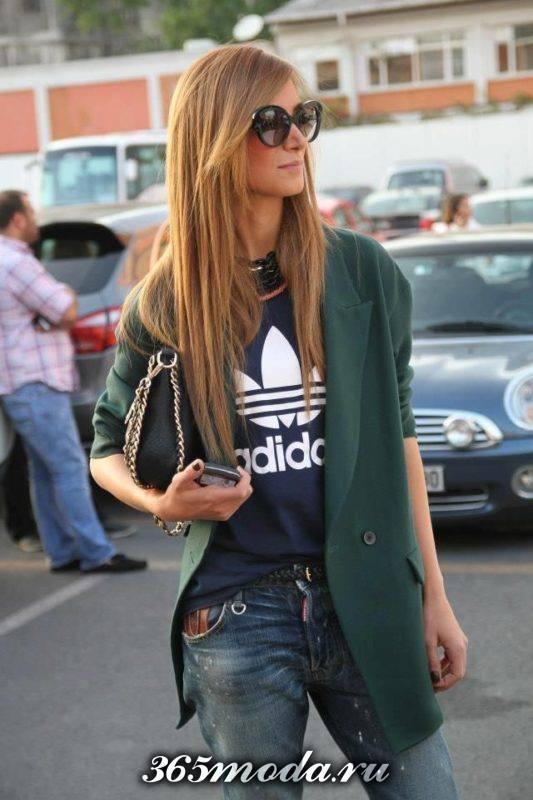модная одежда в спортивном стиле