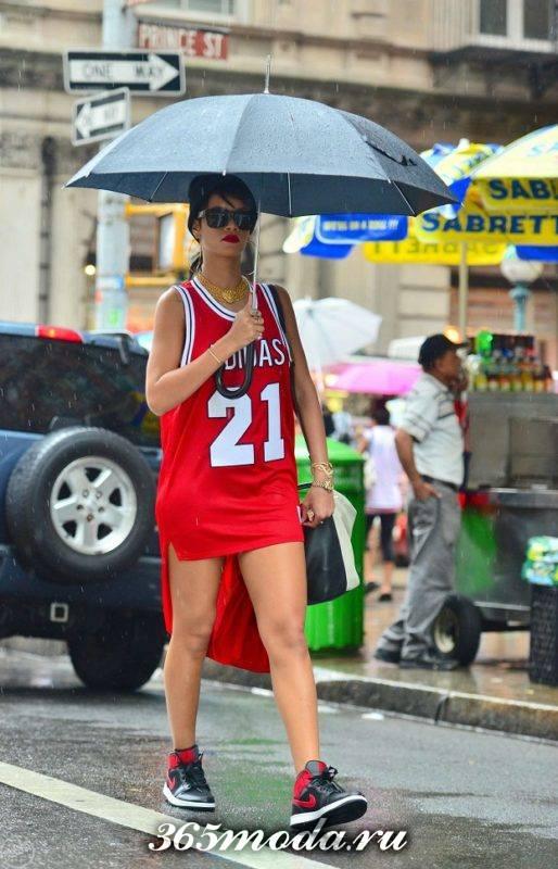 модное платье в спортивном стиле
