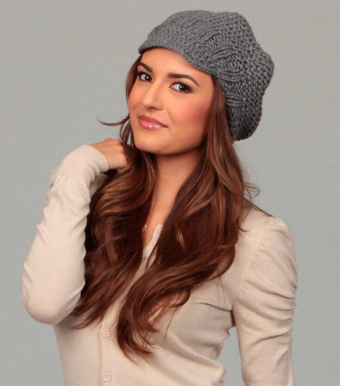 модные головные уборы осень-зима: вязаные шапки сезона