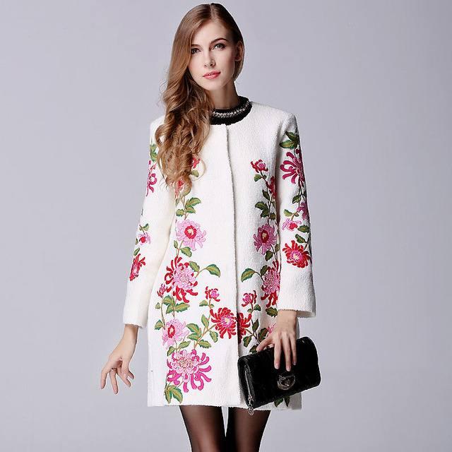 модное пальто с узором