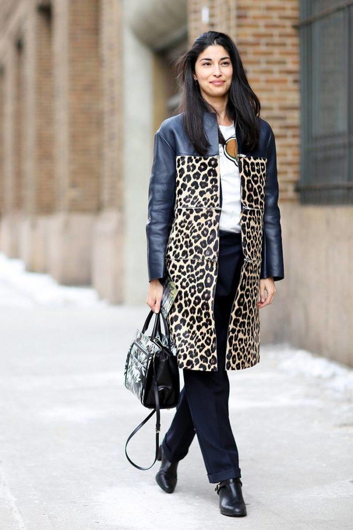 пальто весна 2019: модное с хищным принтом