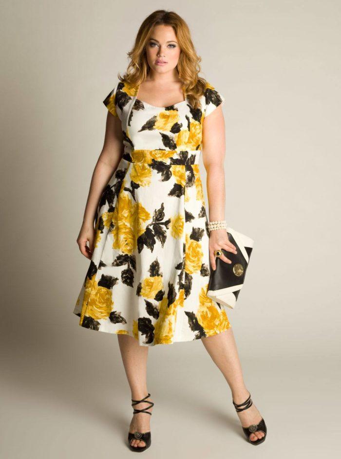 платья для полных цветочный принт