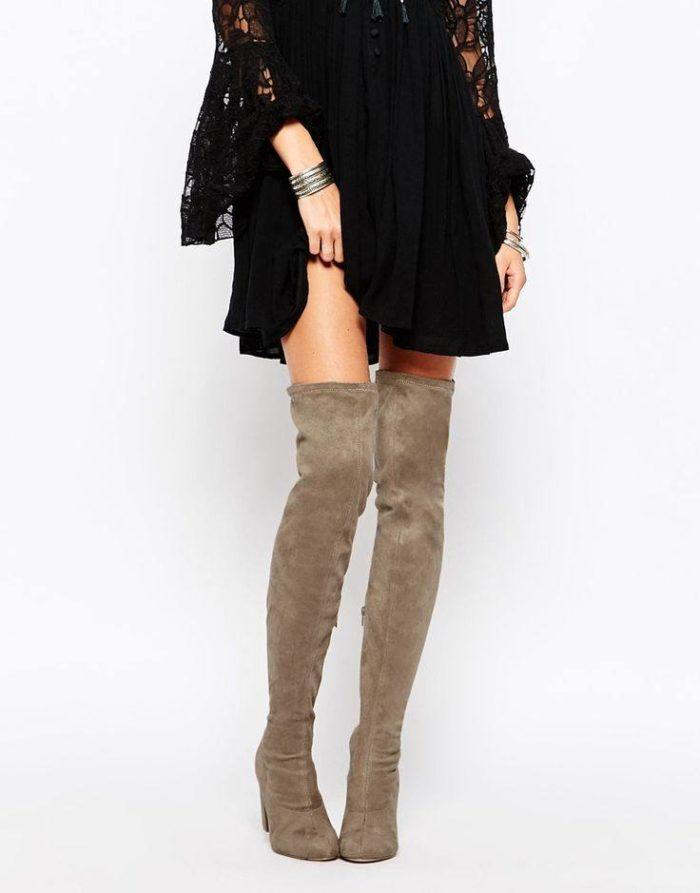модные ботфорты в уличном стиле