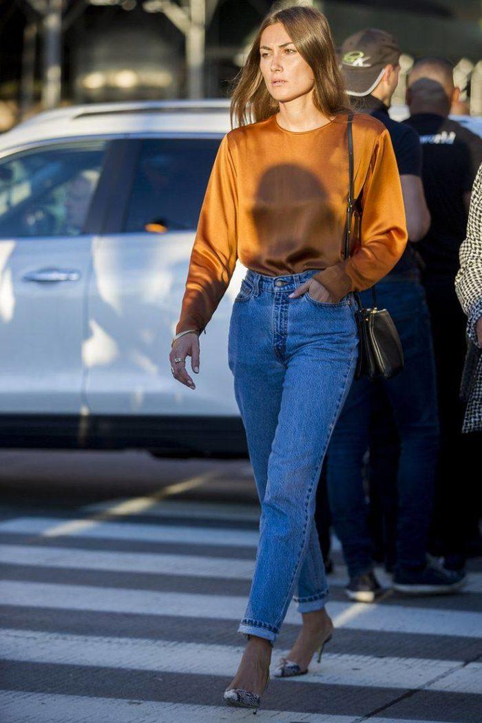 модные джинсы в уличном стиле