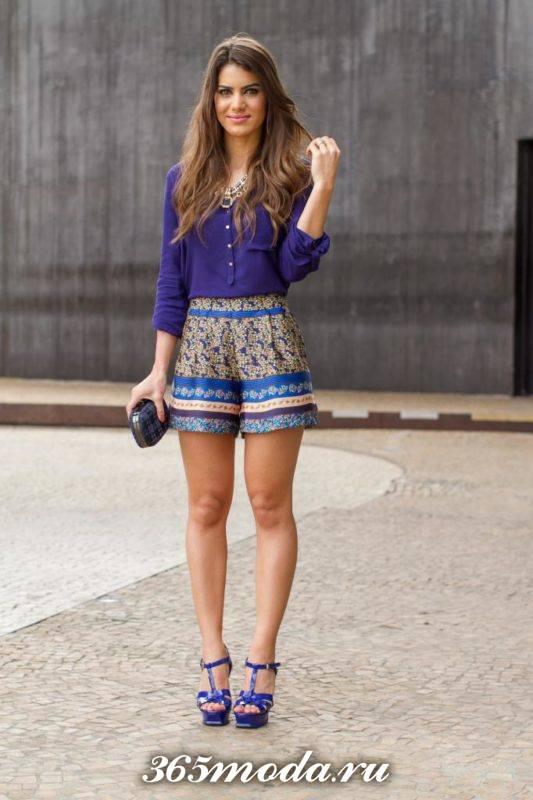 шорты с принтом в уличном стиле