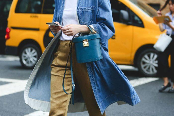 модные образы в синем цвете