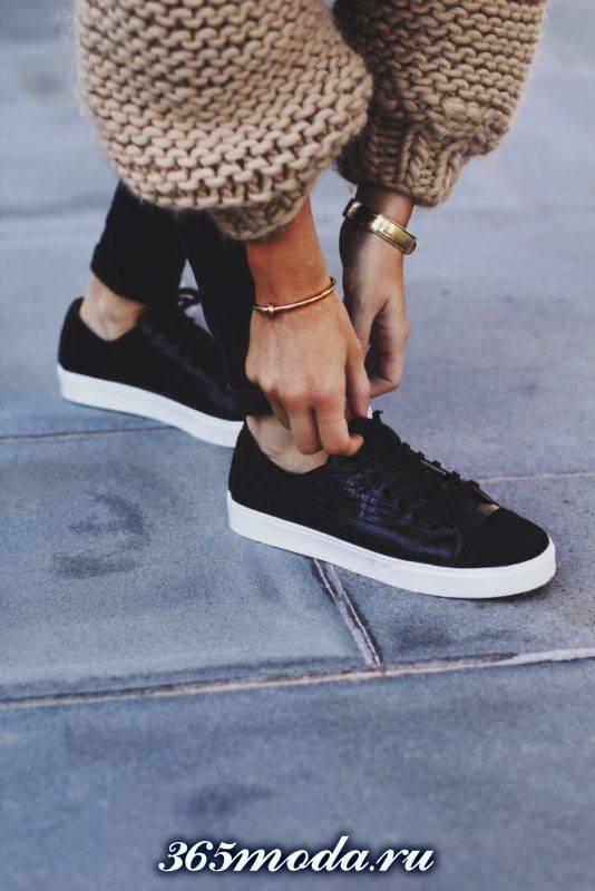 модная уличная обувь