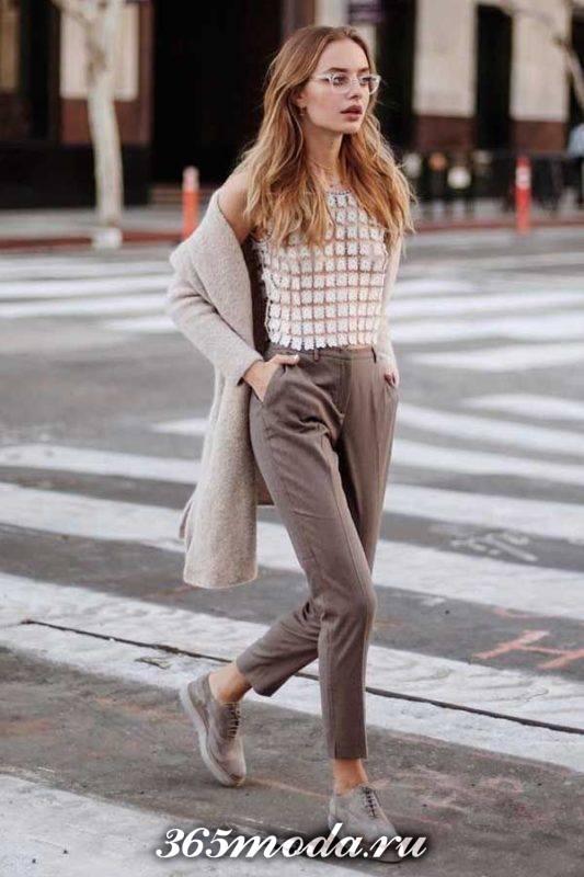 лук с брюками в уличном стиле