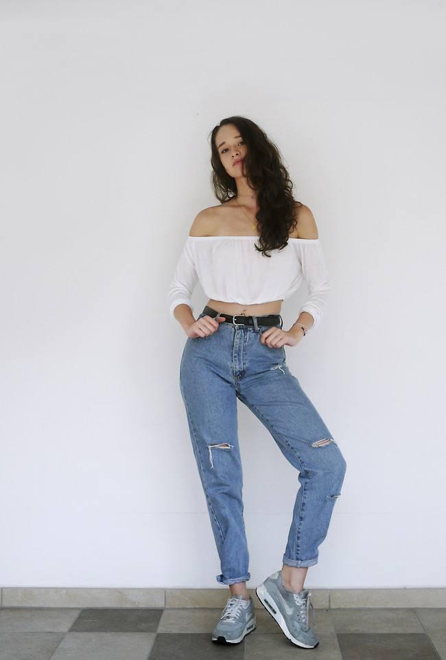 модные цвета джинсовых штанов