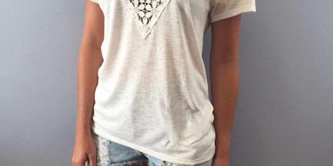 модная белая футболка